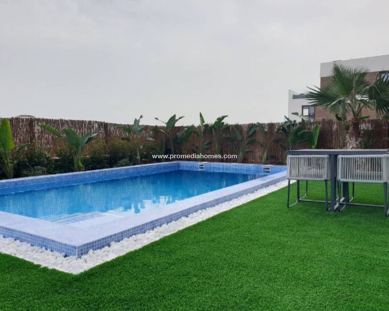 Apartment with pool in Orihuela Costa