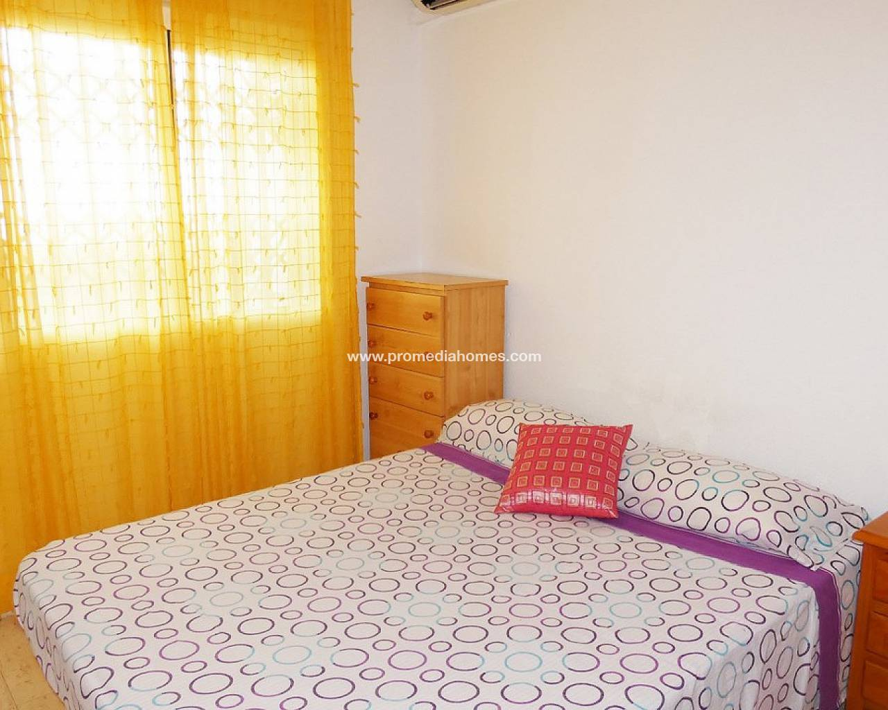 Resale - Apartment - Torrevieja - Center